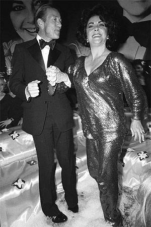 Halston with Elizabeth Taylor.