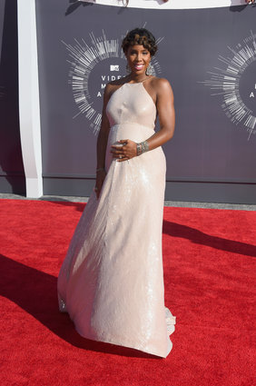 Kelly Rowland at the MTV Video Music Awards 2014.